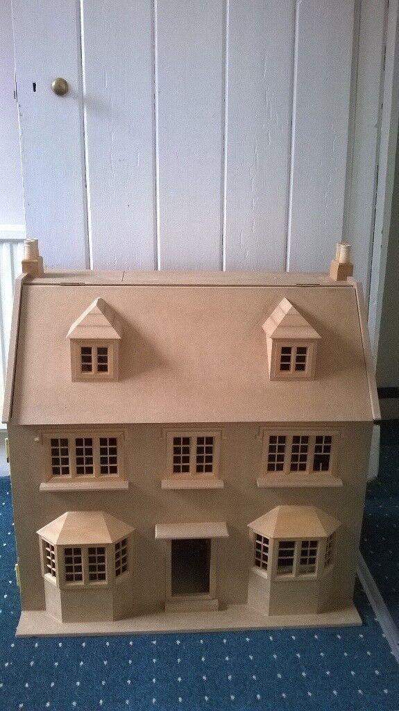 APRIL COTTAGE DOLLS HOUSE