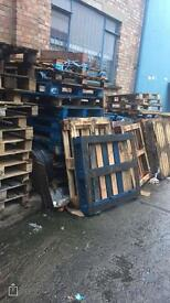 Pallets wood scrap