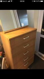 Great condition 4 chest of drawers with standing mirror