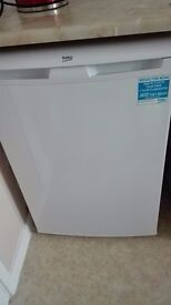 VERY GOOD CONDITION UNDER COUNTER FREEZER,LESS THAN A YEAR OLD