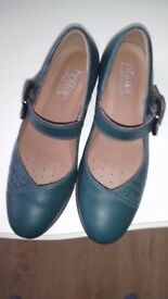 Ladies 'Hotter' shoes, size 6.5, colour teal.