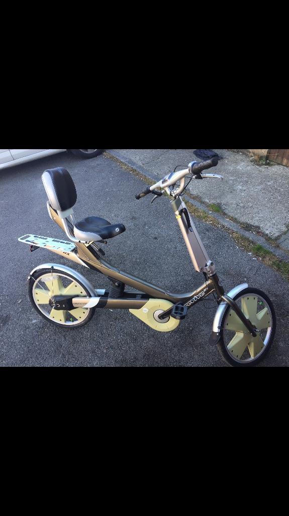 Giant revive dx semi recumbent bike