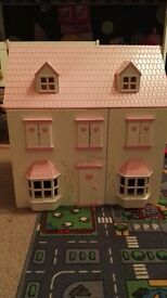 Wooden dolls house£15