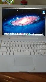 """Apple MacBook A1181 13.3"""" Laptop May 2007"""