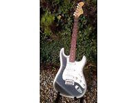 Squire Standard Stratocaster - Silverburst