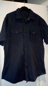 Gap short sleeved shirt, dark blue, size Large