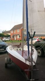 Express Sailing Dinghy with Combi Road Trailer