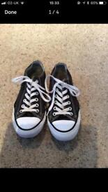 ***** SOLD**** SIZE 5 BLACK ALL STAR CONVERSE