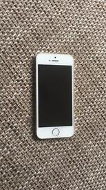 iPhone 5s 16GB UNLOCKED in GOLD