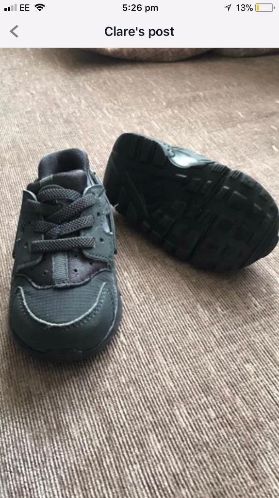 Nike huaraches size 3.5