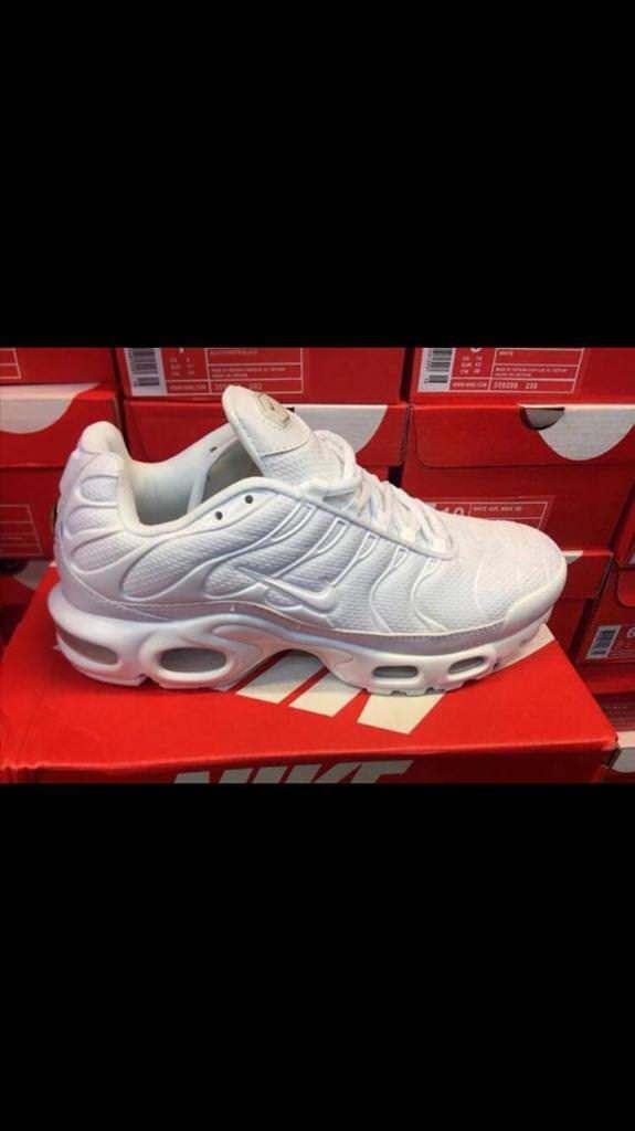 6e714298b348 Nike Tn all white new in box