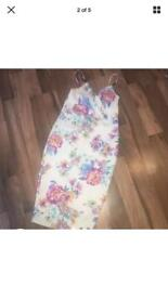 Size 16 Boohoo Ladies white and floral dress