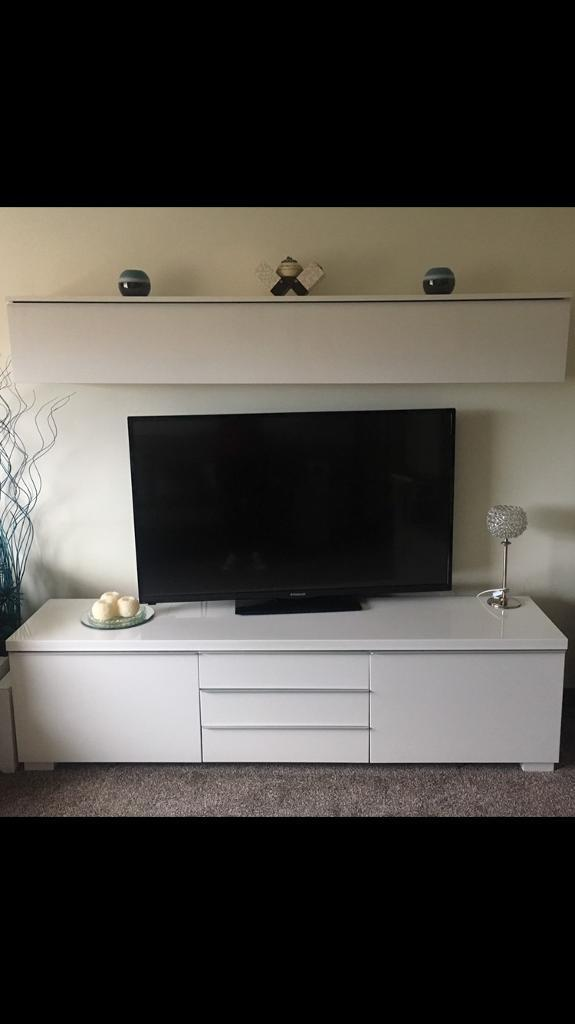 White high gloss tv bench with matching box unit