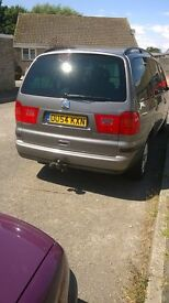 seat alhambra low mileage ,very good condition, service history.