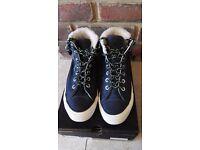 NEW Navy leather converse UK 4/ EUR 37 unisex