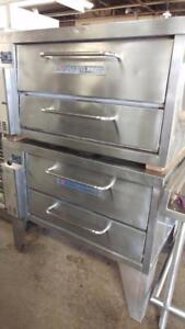 Bakers Pride Pizza Oven