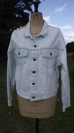 Levis white / light blue denim jacket medium