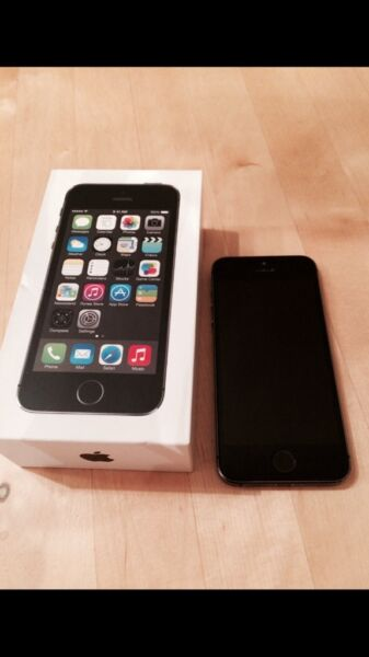 iphone 5s 26gb spacegrey super zustand in bayern. Black Bedroom Furniture Sets. Home Design Ideas