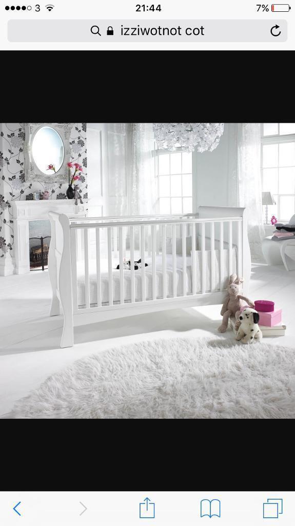 White cot