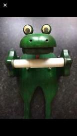 Frog toilet roll dispenser
