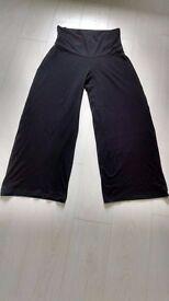 MAMAS & PAPAS MATERNITY Yoga Trousers in Black Size 12 /14 Regular