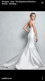 Signature Amore wedding dress (Never worn)