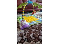 Baby play mat with musical