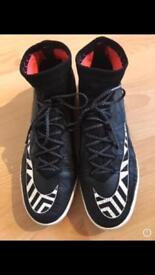 Nike mercurials hypervenom