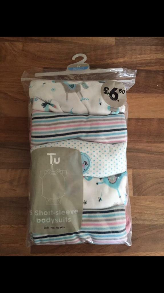 Girls 18-24 brand new short sleeve body suits