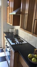 Spacious double room to let in Barking