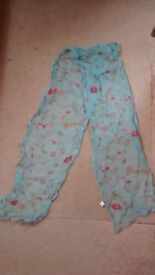 Ladies beautiful floral scarf for head/neck/hip, 150 x 27cm, turquoise with floral pattern