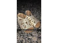Girls gold sandals