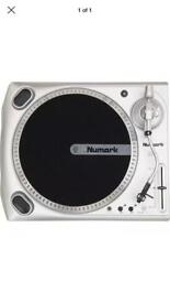 Numark TT USB turntable