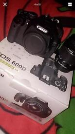 Canon camera 600D with 2 lenses