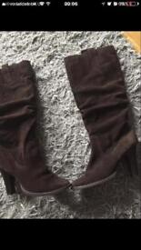 Brown suede boots size 5