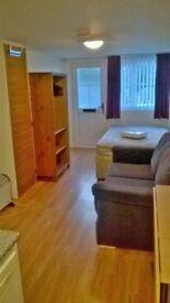 Room/studio to rent paignton devon