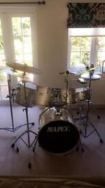 Silver Mapex V series drum kit