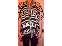 BNWOT Ladies black & White Aztec oversized knit open cardigan/cape 100% cotton size M