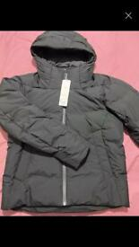 Men's UNIQLO Seamless Down jacket