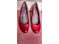 Tamaris Ladies Leather shoes size 5