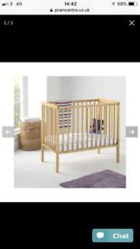 Cot and bed amazing condition