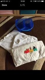 Top & tail bowl for babies with three towels
