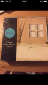 Adhesive mirrors. Box of four Square 20cm x20cm