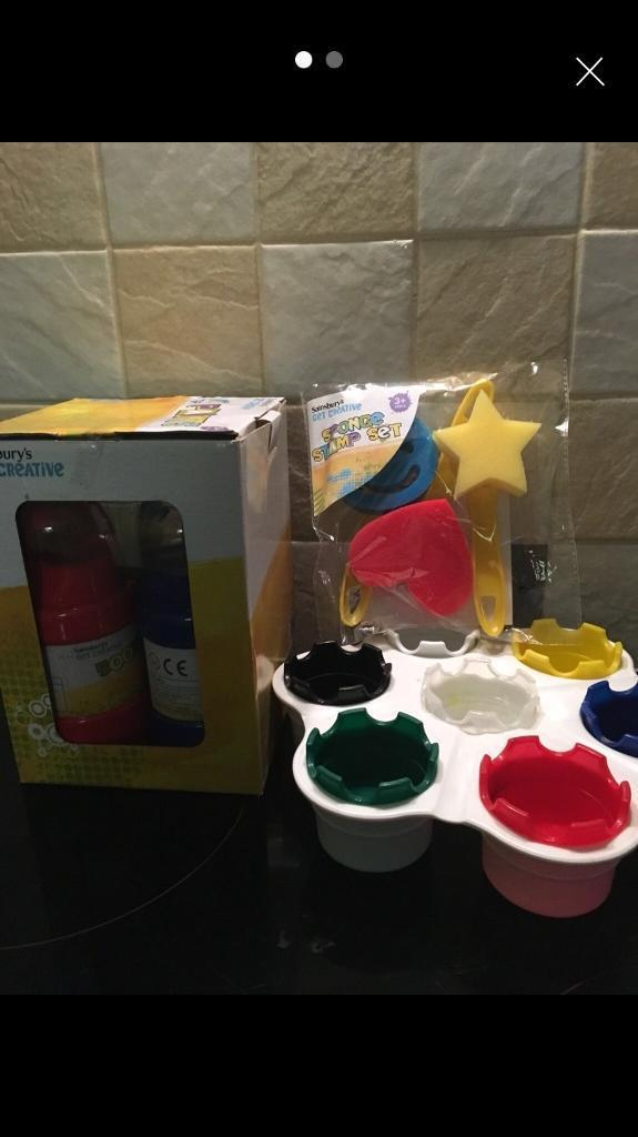 Children's paints and accessories