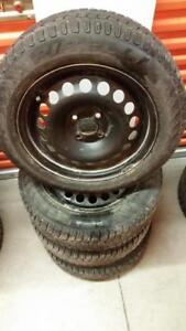 (148) Pneus Hiver - Winter Tires 185-60-15 Pirelli 7/32
