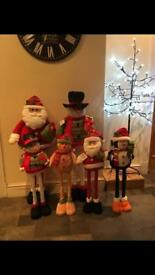 Adjustable height Christmas characters