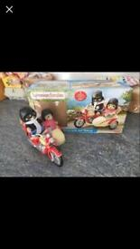Sylvanian Families motorcycle and sidecar with figures