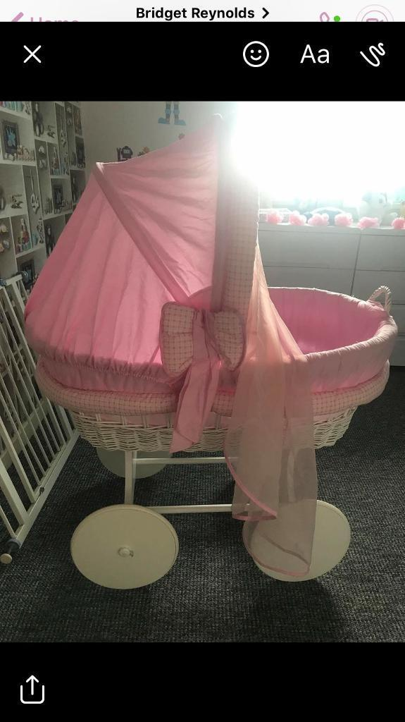 Baby girls bed