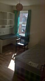 2 ROOMS FOR RENT. FITZROY AVENUE