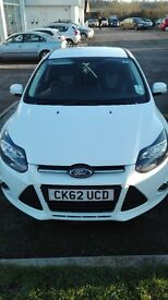 White Ford Focus 1l ecoboost fantastic condition